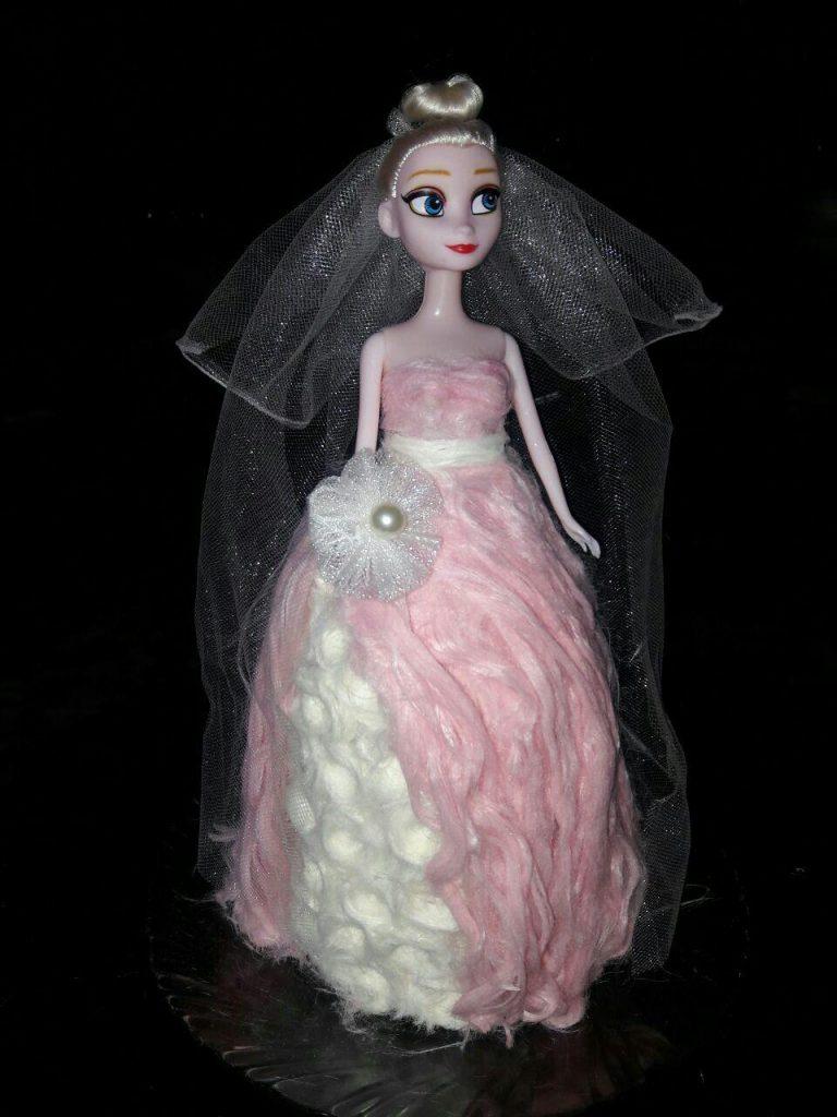 تزیین پشم ک به شکل عروسک