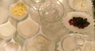 کیک آلبالو مامی سایت,طرز تهیه پای آلبالو