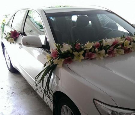 تزیین ماشین عروس, تزیین ماشین عروس با گل