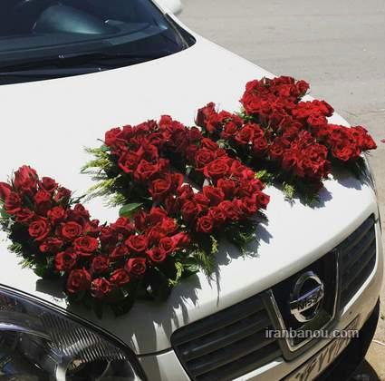 تزیین ماشین عروس با گل رز