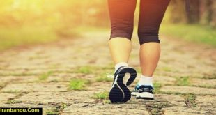 خوردن آب هنگام پیاده روی
